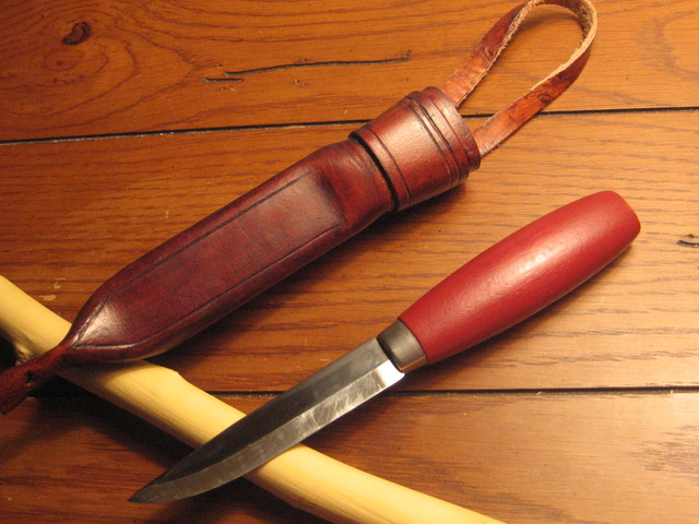 Example of a flat ground mora knife